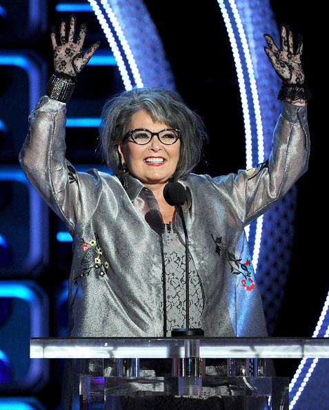 Cuff Bracelet「Comedy Central Roast Of Roseanne Barr - Show」:写真・画像(12)[壁紙.com]