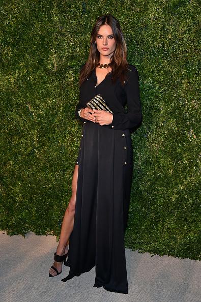 Clutch Bag「11th Annual CFDA/Vogue Fashion Fund Awards - Arrivals」:写真・画像(11)[壁紙.com]
