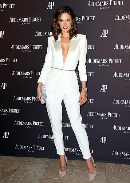 アレッサンドラ・アンブロジオ「Audemars Piguet Celebrates Grand Opening Of Rodeo Drive Boutique」:写真・画像(7)[壁紙.com]