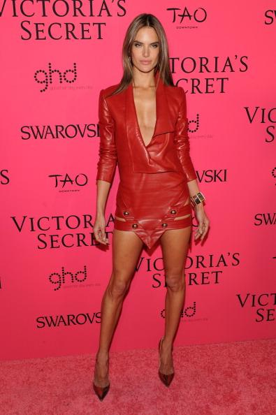 Pointed Toe「2013 Victoria's Secret Fashion After Party - Pink Carpet Arrivals」:写真・画像(8)[壁紙.com]