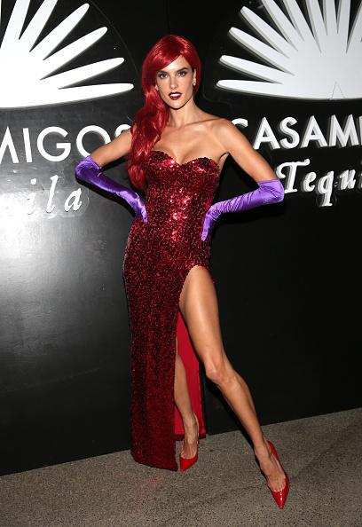 Alessandra Ambrosio「Casamigos Tequila Halloween Party」:写真・画像(18)[壁紙.com]