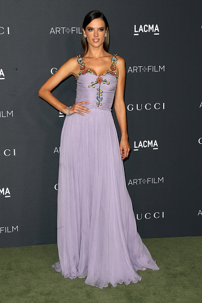 アレッサンドラ・アンブロジオ「2016 LACMA Art + Film Gala Honoring Robert Irwin And Kathryn Bigelow Presented By Gucci  - Arrivals」:写真・画像(17)[壁紙.com]