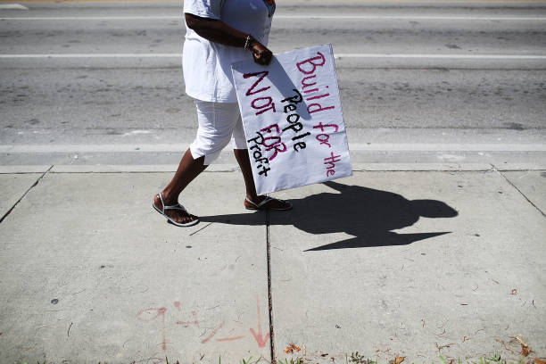 Activists, Residents Rally For Affordable Housing In Miami:ニュース(壁紙.com)