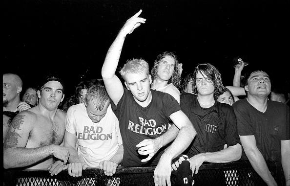 Rock Music「Punk Rock Crowd At A Bad Religion Gig San Diego 1994」:写真・画像(19)[壁紙.com]