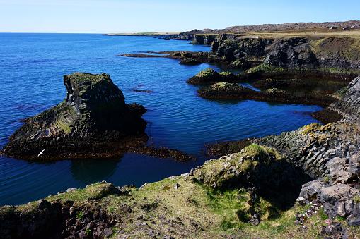 Arnarstapi「Cliffs of Arnarstapi nature reserve, Iceland」:スマホ壁紙(13)