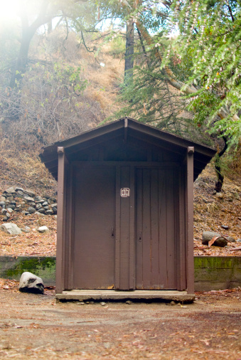 Angeles National Forest「Out house in Los Angeles National Forest」:スマホ壁紙(12)
