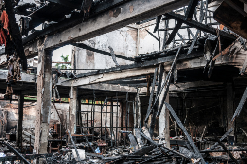 Burnt「Fire Damaged Building」:スマホ壁紙(8)