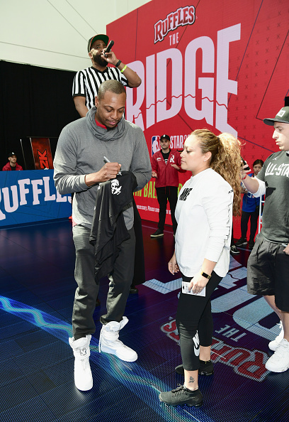 "Paul Pierce「Ruffles, the Official Chip of the NBA, and Presenting Partner of the NBA Celebrity All-Star Game unveils ""THE RIDGE"" 4-Point During NBA All-Star Weekend」:写真・画像(5)[壁紙.com]"
