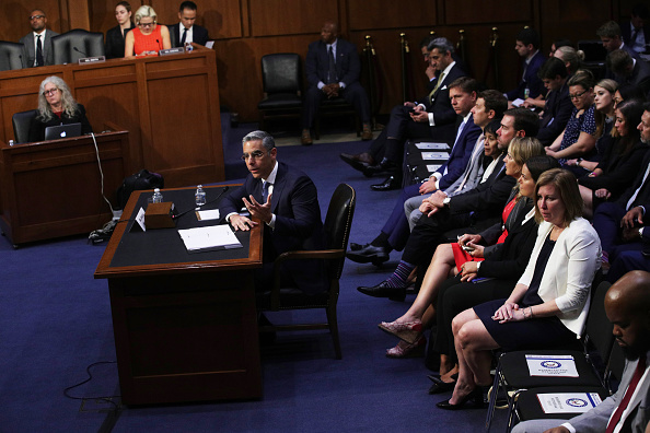 Alex Wong「Senate Banking Committee Holds Hearing On Facebook's Proposed Crypto Currency」:写真・画像(4)[壁紙.com]