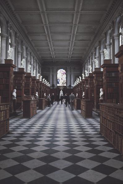 Tiled Floor「Wren Library」:写真・画像(16)[壁紙.com]