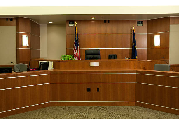 View of Judicial Bench in Modern Courtroom Setting:スマホ壁紙(壁紙.com)