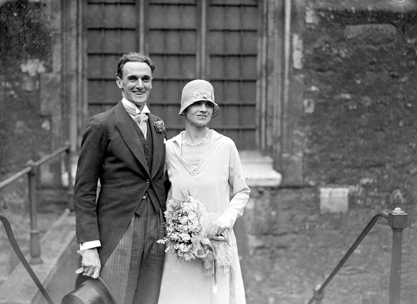 Wedding Dress「John Laurie」:写真・画像(2)[壁紙.com]