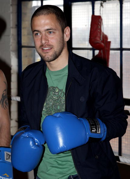 Boxer Kevin Mitchell「Joe Cole and Kevin Mitchell - Photocall」:写真・画像(3)[壁紙.com]