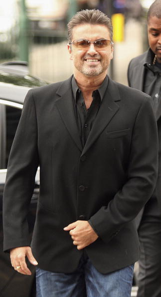 Singer「George Michael On Unfit To Drive Charges - Trial Begins」:写真・画像(18)[壁紙.com]