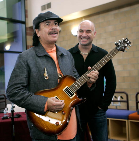 アンドレ アガシ「Carlos Santana Tours Andre Agassi's College Preparatory Academy」:写真・画像(17)[壁紙.com]