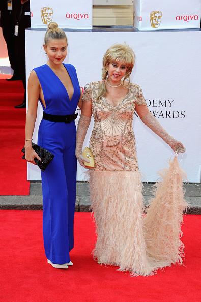 Lace Glove「Arqiva British Academy Television Awards」:写真・画像(17)[壁紙.com]