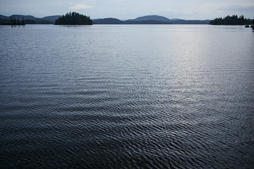 Adirondack Mountains「View of Saranac Lake at dusk」:スマホ壁紙(17)