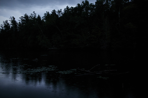 Adirondack Mountains「View of Saranac Lake at dusk」:スマホ壁紙(16)