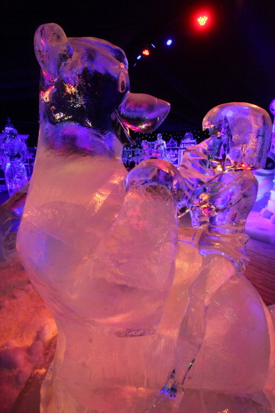 雪まつり「Snow & Ice Sculpture Festival in Bruges」:写真・画像(18)[壁紙.com]