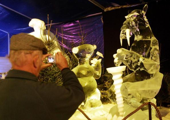 Ice Sculpture「Annual Ice Sculpture Festival」:写真・画像(6)[壁紙.com]