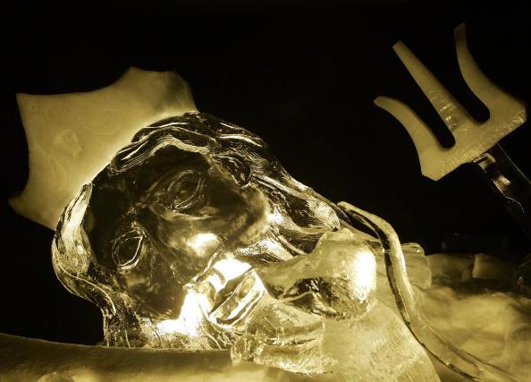 Ice Sculpture「Annual Ice Sculpture Festival」:写真・画像(7)[壁紙.com]