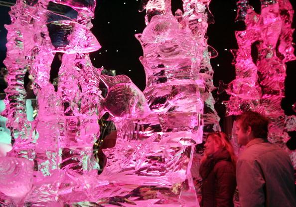 Ice Sculpture「Annual Ice Sculpture Festival」:写真・画像(18)[壁紙.com]