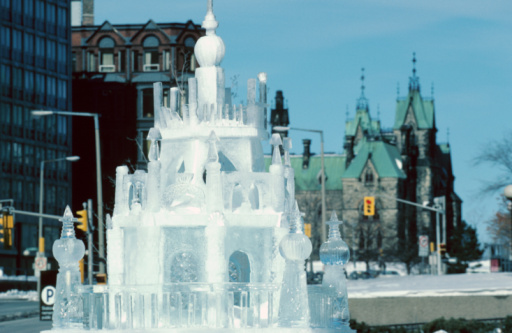 Ice Sculpture「Ice sculpture in urban city」:スマホ壁紙(8)