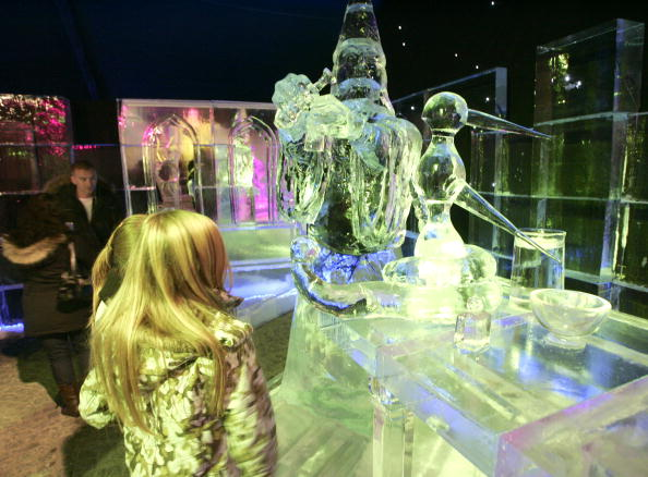 Ice Sculpture「Annual Ice Sculpture Festival In Bruges」:写真・画像(5)[壁紙.com]