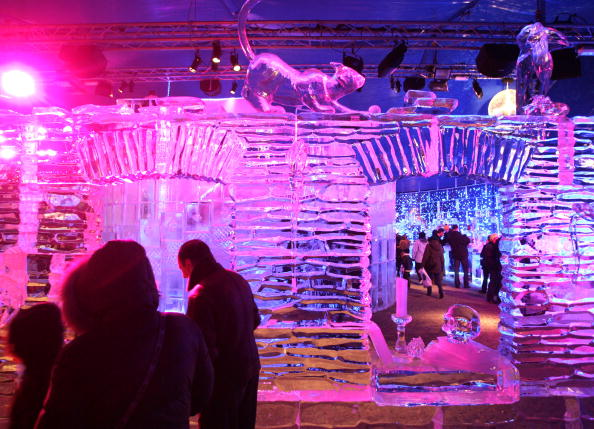 Ice Sculpture「Annual Ice Sculpture Festival In Bruges」:写真・画像(0)[壁紙.com]