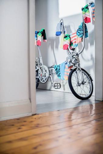 Laundry「Bicycle used as clotheshorse」:スマホ壁紙(19)