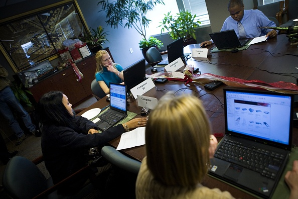 "Office「Online Shoppers Continue Holiday Spending On ""Cyber Monday""」:写真・画像(13)[壁紙.com]"