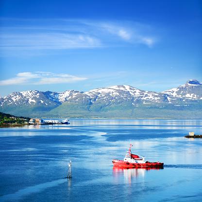 Ice-breaker「Tromsøysundet strait, Norway」:スマホ壁紙(11)