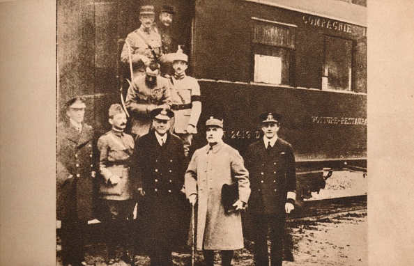 Railroad Car「Signing of the Armistice to end the First World War, 11 November 1918 (1935). Artist: Unknown.」:写真・画像(2)[壁紙.com]