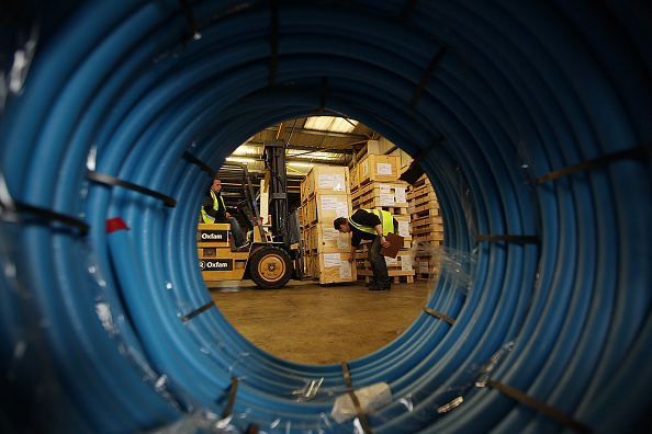 Ship「Aid Bound For Haiti Is Prepared At The Oxfam Warehouse」:写真・画像(10)[壁紙.com]