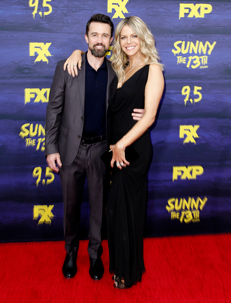 "Polo Shirt「Premiere Of FXX's ""It's Always Sunny In Philadelphia"" Season 13 - Arrivals」:写真・画像(13)[壁紙.com]"