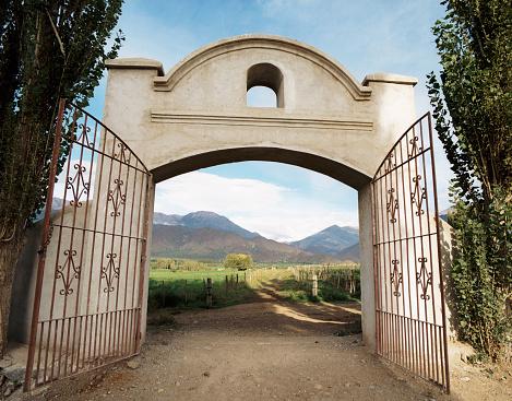 Bolivian Andes「Gates to Ranch, Cachi, Salta, Argentina」:スマホ壁紙(5)