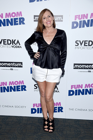 """White Shorts「Momentum Pictures With The Cinema Society Host A Screening Of """"Fun Mom Dinner""""- Arrivals」:写真・画像(10)[壁紙.com]"""