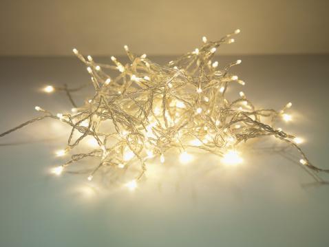 String Light「Pile of illuminated string lights」:スマホ壁紙(16)