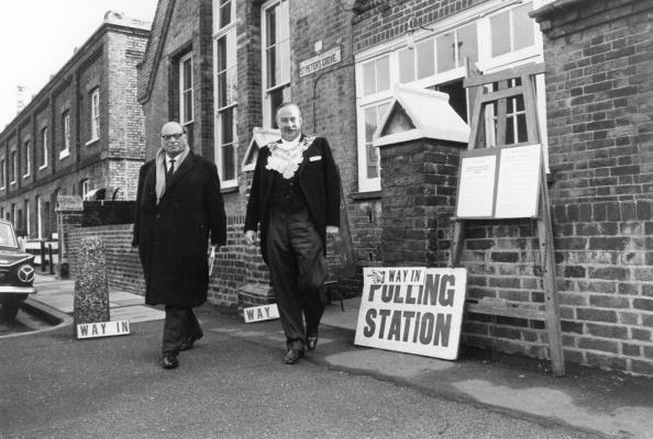 Grove「The Polling Station」:写真・画像(9)[壁紙.com]