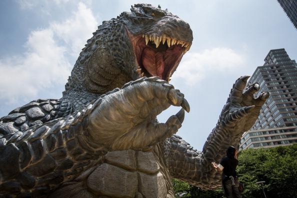 "2014 movie GODZILLA Godzilla「Godzilla Gets Final Touch-up Ahead Of ""MIDTOWN meets GODZILLA"" Exhibition」:写真・画像(13)[壁紙.com]"