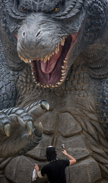 2014 movie GODZILLA Godzilla「Godzilla Gets Final Touch-up Ahead Of 'MIDTOWN meets GODZILLA' Exhibition」:写真・画像(10)[壁紙.com]