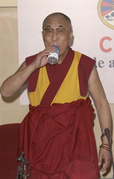 Drinking Glass「Dalai Lama」:写真・画像(0)[壁紙.com]