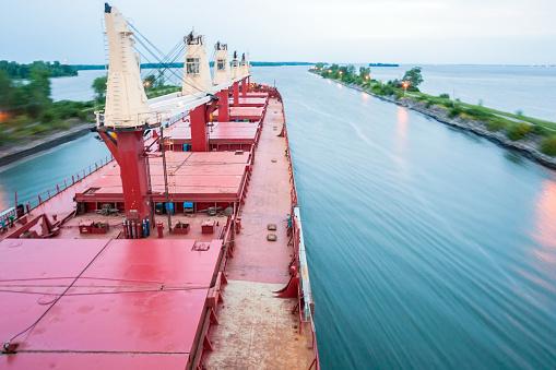 Great Lakes「Ship Sailing Detroit Canal in Usa - Passing canal」:スマホ壁紙(4)
