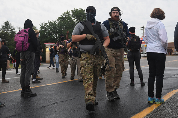 Missouri「Protesters Gather Outside Florissant, Missouri Police Department」:写真・画像(5)[壁紙.com]