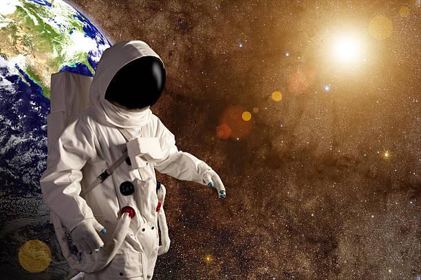 光と宇宙飛行士のまとめ:2010年01月08日(壁紙.com)