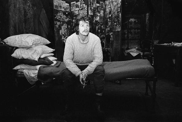 1人「John Hurt」:写真・画像(4)[壁紙.com]