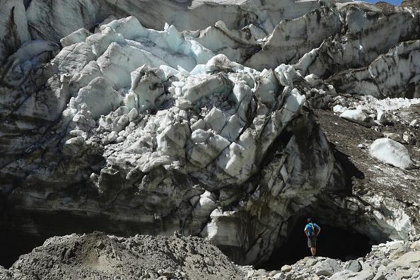 Greenhouse Gas「Europe's Melting Glaciers: Pasterze」:写真・画像(0)[壁紙.com]