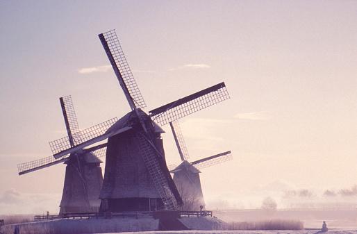 オランダ「冬のホ」:スマホ壁紙(8)