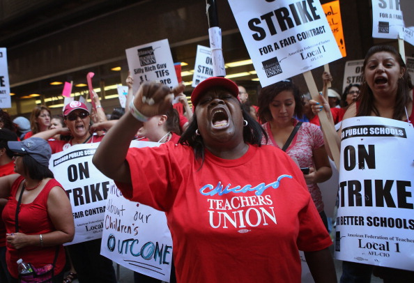 Chicago - Illinois「Chicago Teachers Go On Strike For First Time In 25 Years」:写真・画像(15)[壁紙.com]