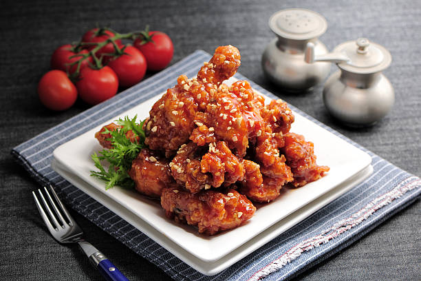 Fried chicken with chilli sauce:スマホ壁紙(壁紙.com)